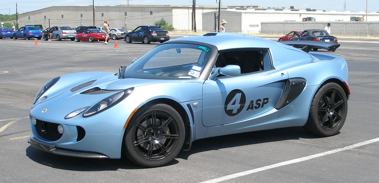 Sweet Lotus Exige - just exuding fast!