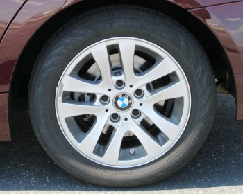 These are the stock Continental run flat tires!