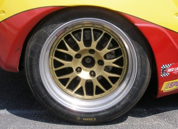 This Porsche's Pirelli/BBS tire/wheel...