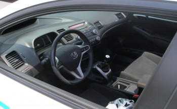 The Honda Civic Si cockpit