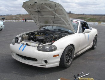 1999 Racing Mazda Miata with 2001 headlights...