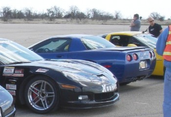 The generous Mark G, who owns this Blue C5 Z06, lent his car to Eric!