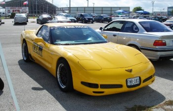 Eric's Corvette, Sunshine, awaiting further autocross competition action...