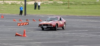 Chucks SAAB Sonett, carving an autocross corner...