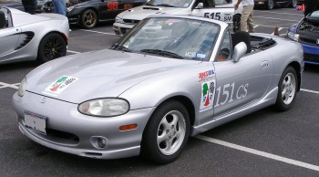 Karlino with AMSOIL Racing debut at SASCA autocross - the RacingReady.com color clings look sharp!