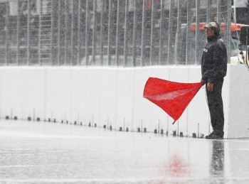 2011 Canadian Grand Prix  2 hours of red flag!  (Image by Reuters)