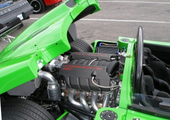 Look at that sweet Corvette LS7 engine in Jason's Ultima Can-AM 720!