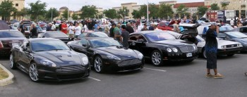 More marque variety - Aston Martin, Bentley & a Delorean (!) at informal C&C Show @ Panera's, San Antonio, TX - 25-JUN-2011