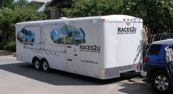 RACES2U Trailer - Digital Slot Car Racing