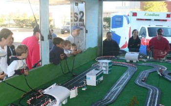 Races2U - interior of digital slot car track trailer