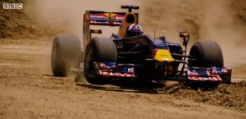 Coulthard drives off-road on new Circuit of The Americas - by BBC Sport