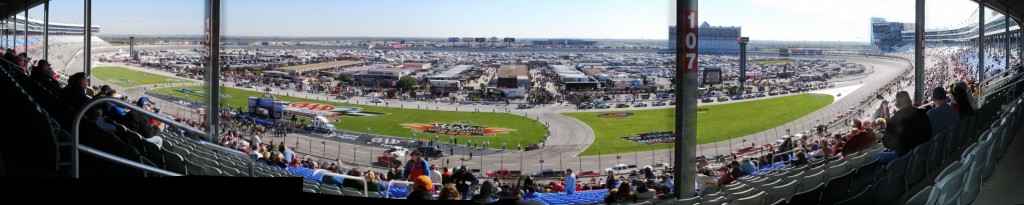 NASCAR Nationwide Series race at Texas Motor Speedway - November 2011 - Panorama